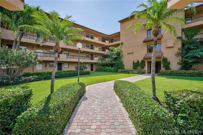 North Palm Beach Condo For Sale: 1030 Us Highway 1 #202