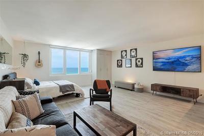 Miami Beach Condo For Sale: 2301 Collins Ave #1043