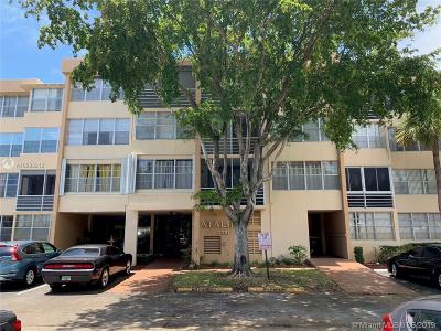 Hollywood Condo For Sale: 2731 Taft St #203