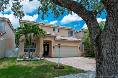 Cooper City Single Family Home For Sale: 10819 Limeberry Dr