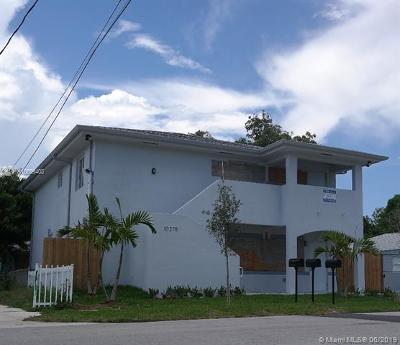 Miami FL Multi Family Home For Sale: $580,000