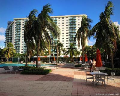 Sunny Isles Beach Condo For Sale: 19380 Collins Ave #526