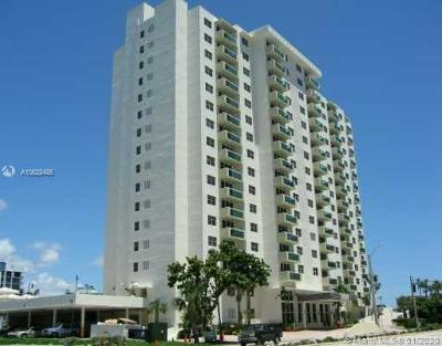 Hollywood Condo For Sale: 3000 S Ocean Dr #120