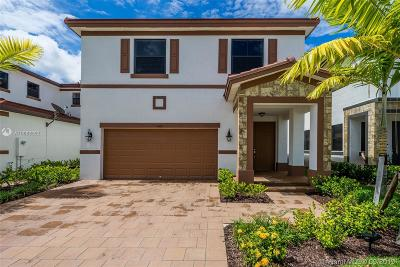 Hialeah Single Family Home For Sale: 3466 W 103rd Ter