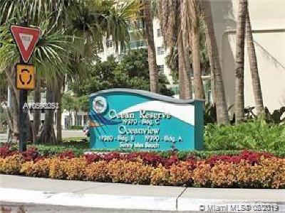Sunny Isles Beach Condo For Sale: 19380 Collins Ave #407