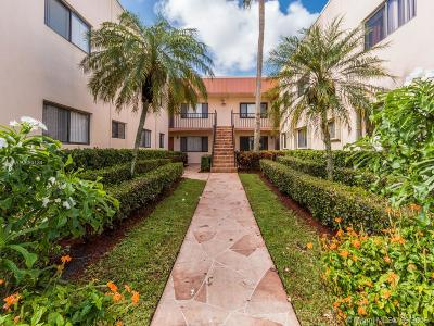 Delray Beach Condo For Sale: 15090 Ashland Pl #168
