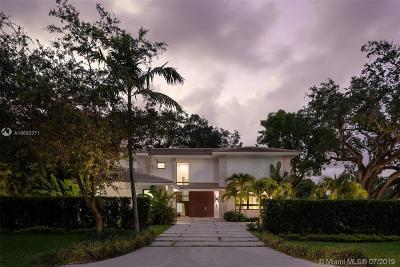 Coral Gables Single Family Home For Sale: 1215 Blue Rd