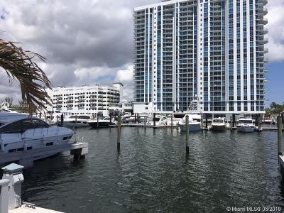 North Miami Beach Condo For Sale: 17111 Biscayne Blvd #1701