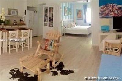 Miami Beach Condo For Sale: 224 Meridian Ave #10