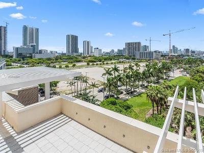 Midblock, Midblock At Midtown Miami, Midblock Condo, Midblock Miami, Midblock Miami Condo, Midblock Miami Condominiu, Midblock Miami Ph Unit, Midblock Midtown Rental For Rent: 3250 NE 1st Ave #615