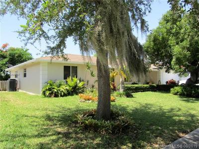 Cutler Bay Single Family Home For Sale: 8134 SW 206th Ter