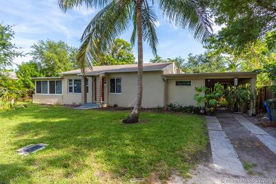 Oakland Park Single Family Home For Sale: 618 NE 35th St