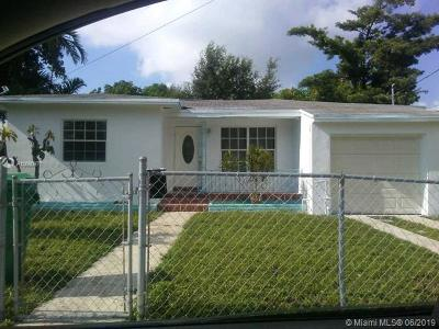 Miami Single Family Home For Sale: 40 NW 68th St