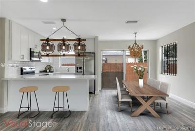 Hollywood Single Family Home For Sale: 2600 Monroe St