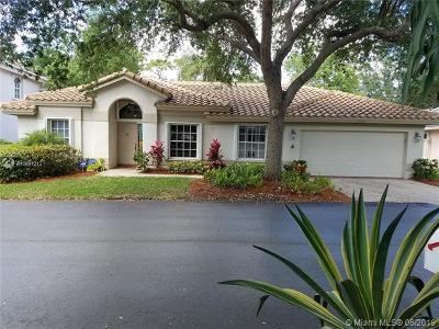 Pompano Beach Single Family Home For Sale: 3445 Dunes Vista Dr