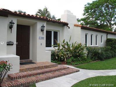 Coral Gables Single Family Home For Sale: 1400 Sopera Ave