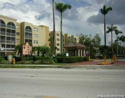 Hialeah Condo For Sale: 6940 Miami Gardens Dr #1-316