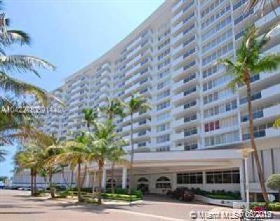 Miami Beach Condo For Sale: 100 Lincoln Rd #1039