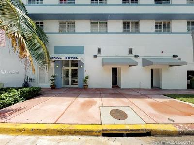 Miami Beach Condo For Sale: 763 Pennsylvania Ave #139
