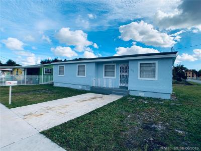 Miami Single Family Home For Sale: 2572 NW 66th St