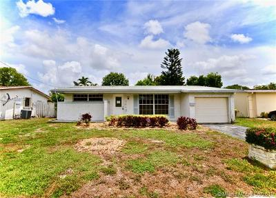 Sunrise Single Family Home For Sale: 7660 NW 21st Ct