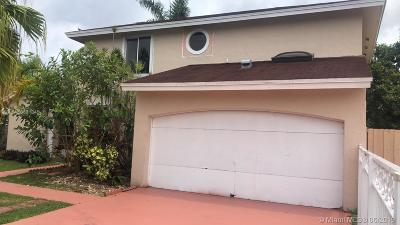 Miami Single Family Home For Sale: 12400 SW 203rd St
