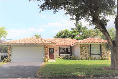 Coral Springs Single Family Home For Sale: 10722 NW 17th Mnr