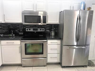 Miami Condo For Sale: 1680 NE 191st St #404-2