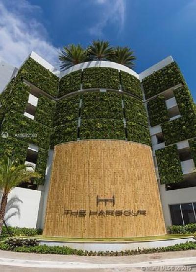 North Miami Beach Condo For Sale: 16385 Biscayne Blvd #805