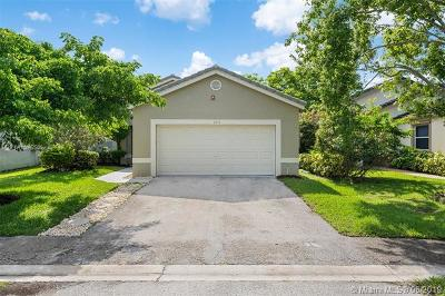Coral Springs Single Family Home For Sale: 3213 NW 123rd Ave