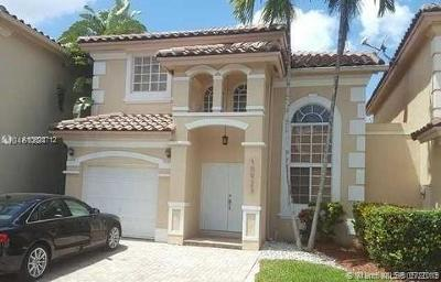 Doral Single Family Home For Sale: 10923 NW 67th Ter