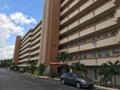 Miami Condo For Sale: 1075 NE Miami Gardens Dr #210
