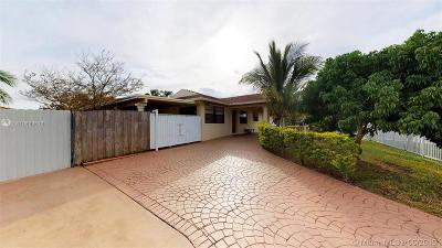Miami Single Family Home For Sale: 12780 SW 187th Ter
