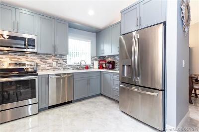 Boynton Beach Single Family Home For Sale: 12102 Tevere Dr