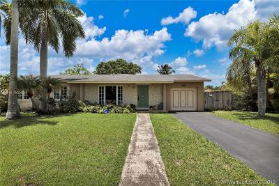 Palmetto Bay Single Family Home For Sale: 9202 SW 181st Ter