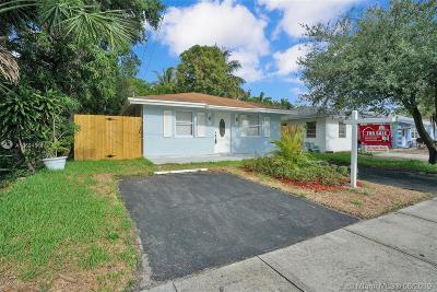 Oakland Park Single Family Home For Sale: 3330 NE 5th Ave