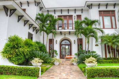Miami Single Family Home For Sale: 63 Plaza Lagos, Sector Casa Lago, 63 Guayas Samborond