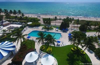 Seacoast 5151, Seacoast 5151 Condo Rental For Rent: 5161 Collins Ave #1002