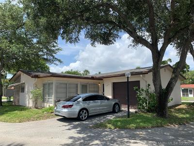 Deerfield Beach Single Family Home For Sale: 3619 SW Natura Ave