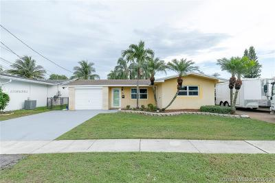 Dania Beach Single Family Home For Sale: 826 Argonaut Is
