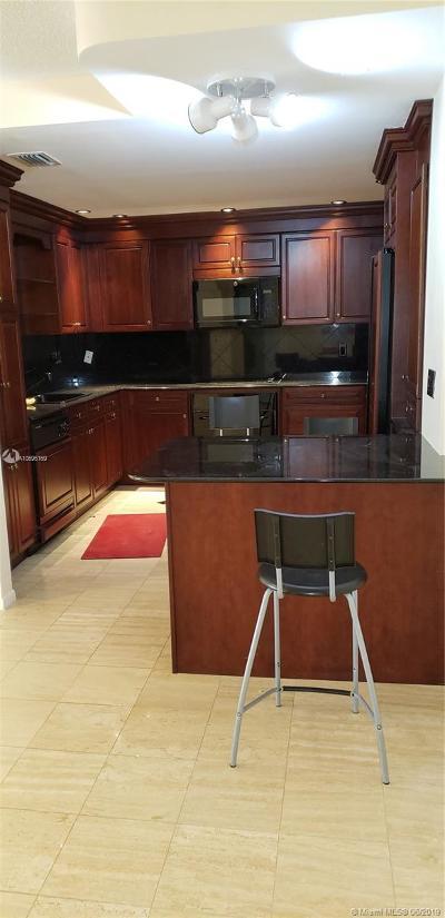 Balmoral, Balmoral Condo Rental For Rent: 9801 Collins Ave #17V