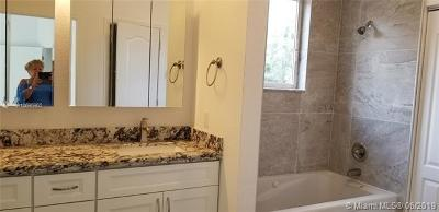 Dania Beach Single Family Home For Sale: 5871 SW 39th Way