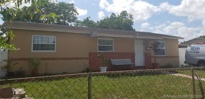 Miami Gardens Single Family Home For Sale: 19710 NW 44th Ct