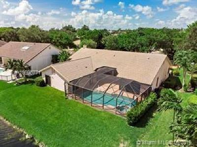 Coral Springs Single Family Home For Sale: 12188 Classic Dr