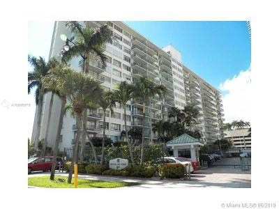 Commodore Bay, Commodore Bay Condo Condo For Sale: 1408 Brickell Bay Dr #207