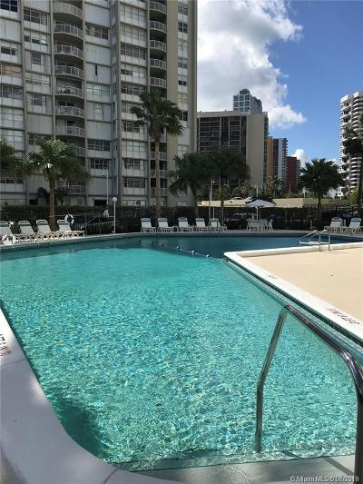 Commodore Bay, Commodore Bay Condo Condo For Sale: 1408 Brickell Bay Drive #217