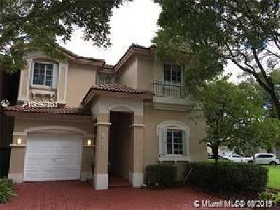Doral Single Family Home For Sale: 6763 NW 107th Pl
