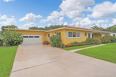 West Palm Beach Single Family Home For Sale: 317 Edmor Rd