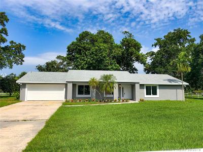 Davie Single Family Home For Sale: 1751 SW 139th Ave