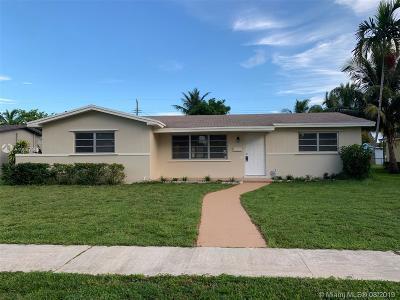 Hollywood Single Family Home For Sale: 4508 Van Buren St